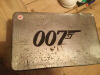 James Bond tinned box set