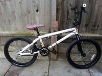bmx stunt bike mongoose 3 60 giro