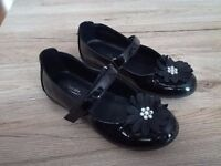 2 pair of girl shoes size 11