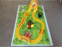Micro Scalextric - Simpsons Skateboard Chase - Boxed Set