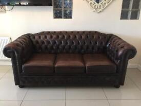 STUNNING CHESTERFIELD 3 SEATER SOFA IN CHESTNUT BROWN