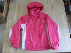 Kids Trespass 9 - 10. Great Condition. Outer