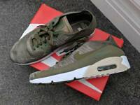 Nike air max flynit Size 10