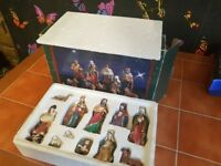 11PC VINTAGE NATIVITY SCENE COMPLETE WITH BOX COLLECTABLE