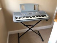 YAMAHA KEYBOARD PSR-290 complete with stand, and power lead in great condition.