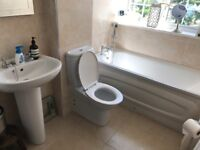 Bathroom suite being ripped out on weds, make me an offer