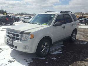 2010 Ford Escape XLT- LEATHER - BLUETOOTH