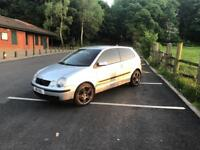 Volkswagen polo 2003 1.4 with full service history and 2 keys