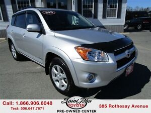 2011 Toyota RAV4 Limited with Leather $183.49 BIWEEKLY!!!