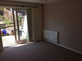 2 Bedroom Bungalow, Great Blakenham, IP6 with garden