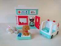 Chad Valley Vet Centre Playset Toy - CAN DELIVER