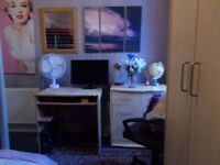 Fully Furnished Double Room - All Bills Included - No Deposit required - Short or Long Let- Kingston