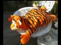 HUGE SOFT TIGGER. SOFT TOY OR CUSHION/PILLOW. BEDROOM. NURSERY. COLLECTABLE