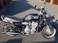 Triumph thunderbird 900 . 29000 miles 1985 model . Lovely bike .