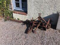 Finger mower for vintage tractor