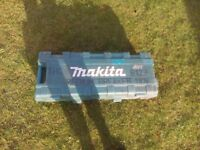 Makita breaker
