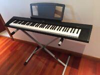 Yamaha keyboard with stand - Portable Grand NP-30