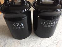 Tea and sugar pots