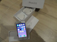 Apple iphone 5 s. boxed Mint condition.