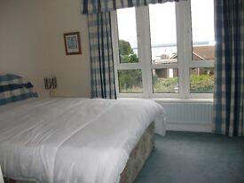 Beautiful Double room with en-suite bathroom and harbour views