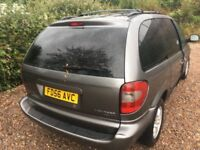 Chrysler Voyager 2.8 Turbo Diesel Automatic 7 Seat estate 56 plate 29/11/2006 Grey