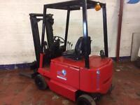 Lancing electric forklift
