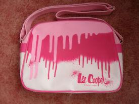 Lee Cooper shoulder bag