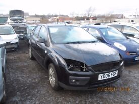 Ford Focus 1.8 TDCI Ghia 2006 breaking for spares Wheel Nut.