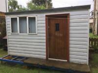 Hut / workshop /shed