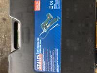 Sealy 18v cordless grease gun