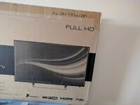 JVC LED Full HD 40'' TV with 1byOne Antenna