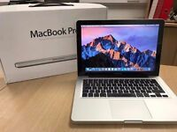 "2.5Ghz Core i5 13"" Apple MacBook Pro 4GB 500GB Final Cut Pro X Adobe illustrator Photoshop Lightroom"