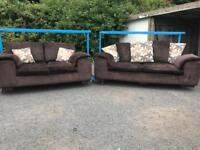 3+2 sofas £80 can deliver