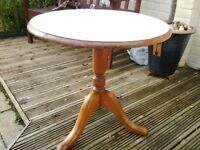 Compact round side table beautiful styling Pine finish