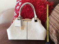 Bessie handbag, Brand new
