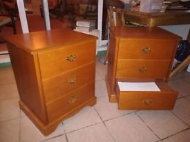A pair of 'Stag' bedside drawer units, very good condition