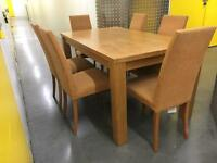 Solid wooden table + 6 comfy chairs •free delivery