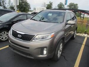 2015 Kia Sorento EX AWD LEATHER! PANO ROOF! REAR CAMERA! HEATED