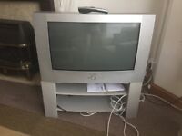 Television Toshiba + TV stand
