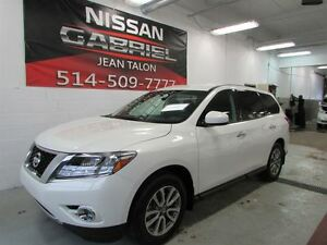 2014 Nissan Pathfinder S 7 PASSENGERS/ONLY 16000KM/ONE OWNER/ALL