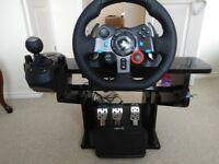 Logitech G29 steering wheel & shifter(PS4,PS3,PC) 5 months old only used 3 times
