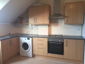 Spacious newly refurbished, 3 bedroom flat for rent