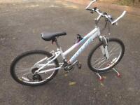 Girls Mountain Bike Claud Butler Safari age 8-12