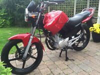 2012 YBR125, Only 9K Miles, 125CC, Reliable 5 Star Rated Motorcycle Motorbike + LOTS OF BONUS ITEMS