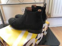 Chelsea boots 7uk