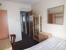 Lovely Room, Double Bed, Great Location & Price