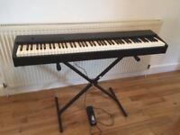 Roland F-20 Digital Piano / Keyboard