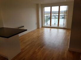 2 bedroom apartment to rent on the Rock in Bury. Great location + stunning views. Available now