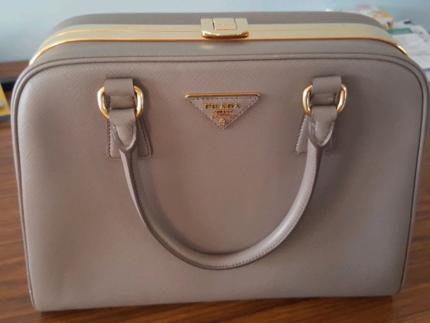 Prada Genuine Hand Bag Condition 8 5 10