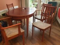 Dining gable & six chairs
